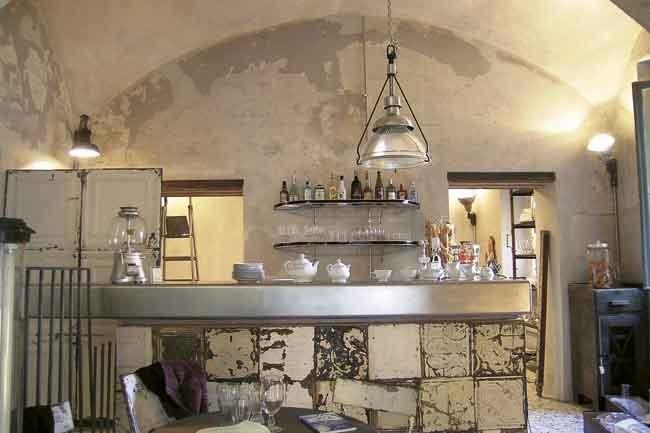 Ristorante pane e acqua milano ristorante - Mobili shabby chic milano ...