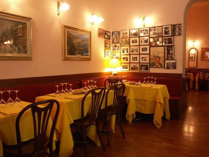 Ristorante la rosa nera milano ristorante for La casa rosa milano